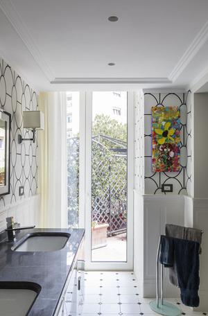 Фото №14 - Яркая квартира с дизайнерской мебелью в Неаполе