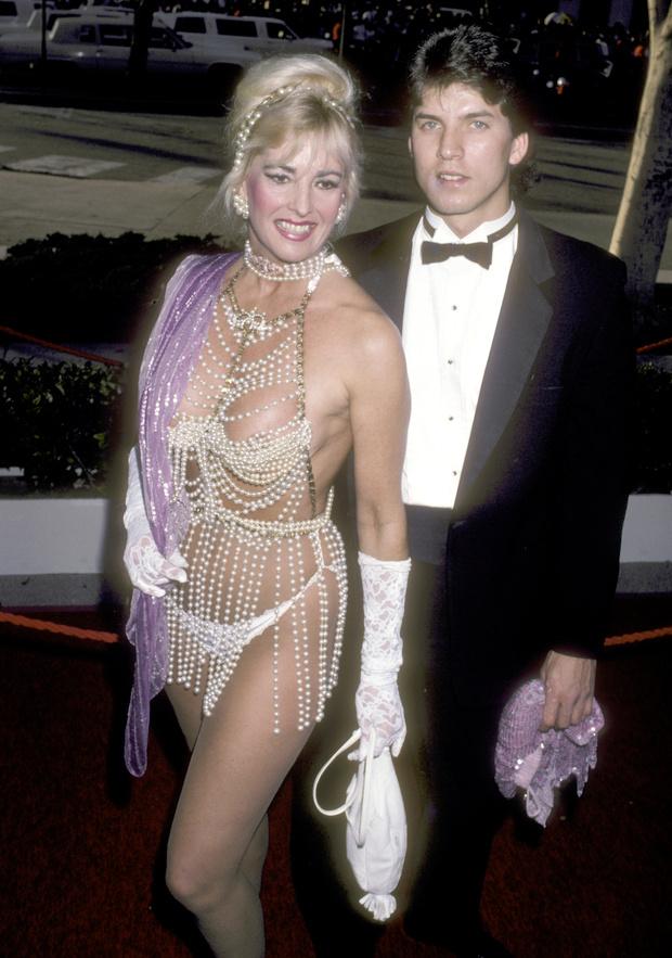 Фото №5 - Лучшие платья «Оскара». 1980-е