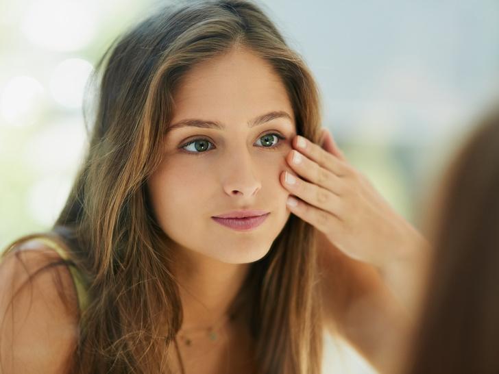 Фото №3 - Как сделать макияж, если кожа шелушится: секреты визажистов