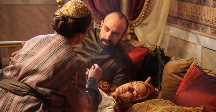Фото №3 - «Великолепный век»: 8 причин, почему Махидевран Султан получила по заслугам✊