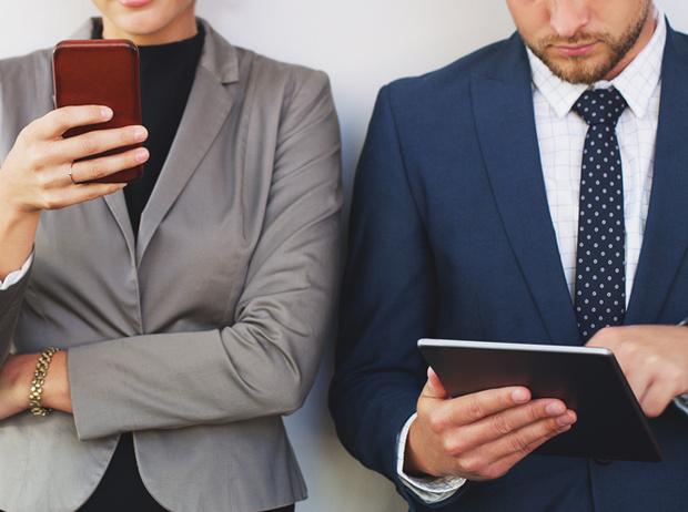 Фото №2 - Как вести соцсети, чтобы не потерять работу: 10 золотых правил