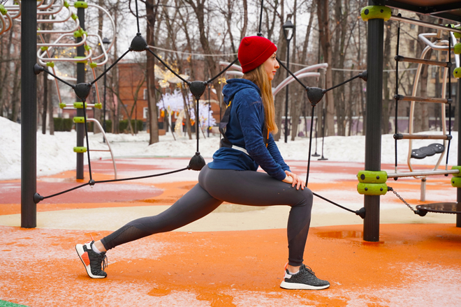 Фото №8 - Фитнес в офисе: 10 упражнений для тех, кто много работает