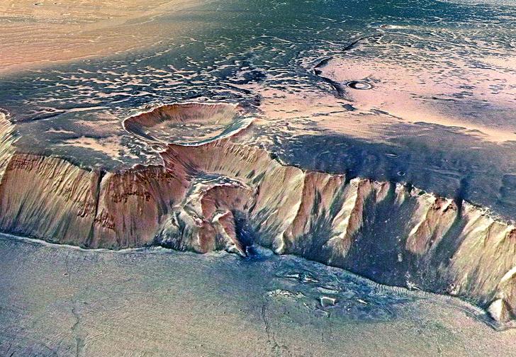 Фото №1 - 4 самых многообещающих места Солнечной системы для наличия внеземной жизни