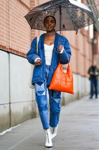 Фото №16 - Свитер и джинсы— это скучно. Лови 40 модных идей, что носить осенью 2021 😎