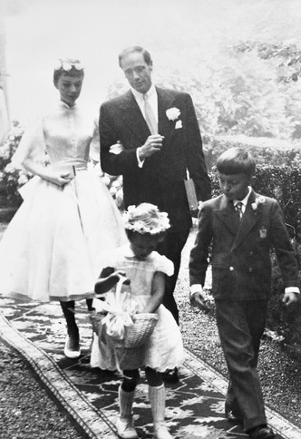 Фото №20 - Как выходили замуж легенды Голливуда: самые красивые ретро-фотографии