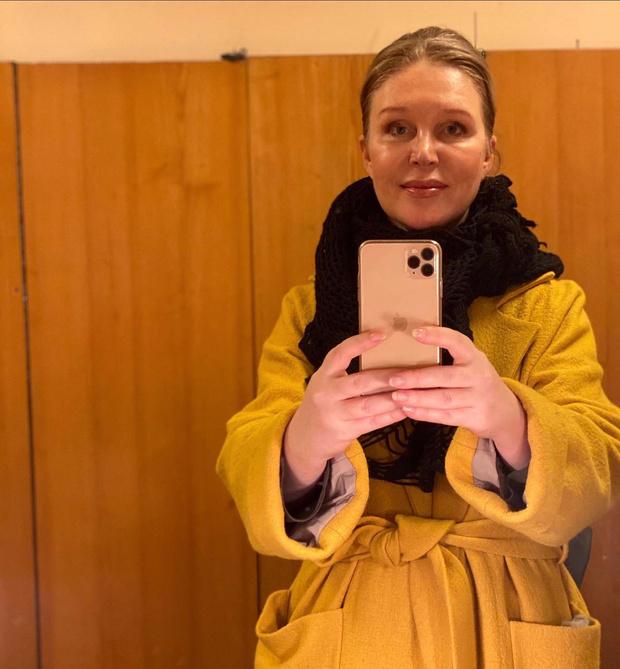 Фото №2 - Лиза Арзамасова показала невероятно молодую и красивую маму