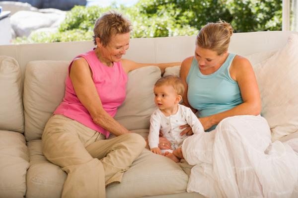 Фото №1 - Дочка, мама, бабушка: как мы меняем роли