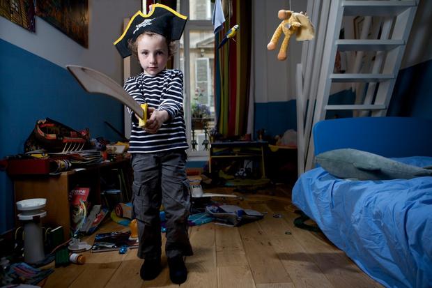 Фото №1 - «Малыш не может расстаться со старыми вещами»