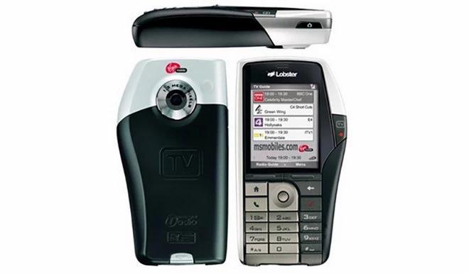 Фото №7 - Самые странные телефоны из прошлого, которые на фоне современных смартфонов выглядят внезапно футуристично
