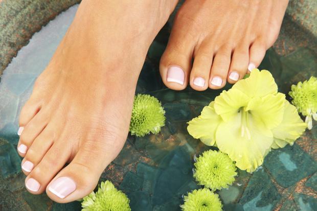 Фото №1 - Грибок ног: симптомы, методы лечения и способы профилактики