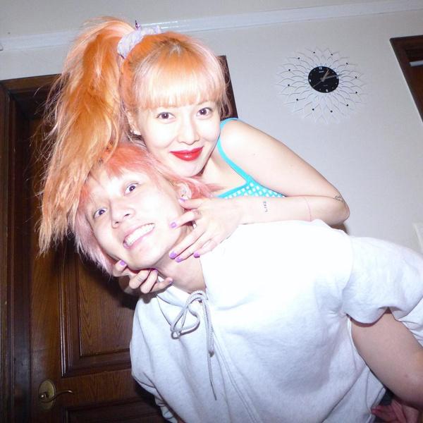 Фото №1 - Хёна и Дон готовят первый в истории к-поп парный камбэк 💕