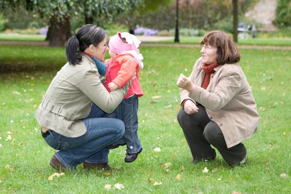 Фото №2 - Дочка, мама, бабушка: как мы меняем роли