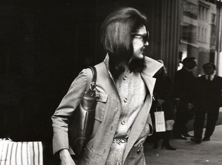 Фото №6 - Модный список Первой леди: любимые бренды Жаклин Кеннеди