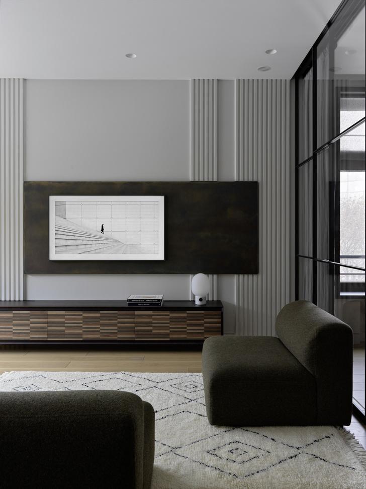 Фото №5 - «Архитектурный» интерьер московской квартиры