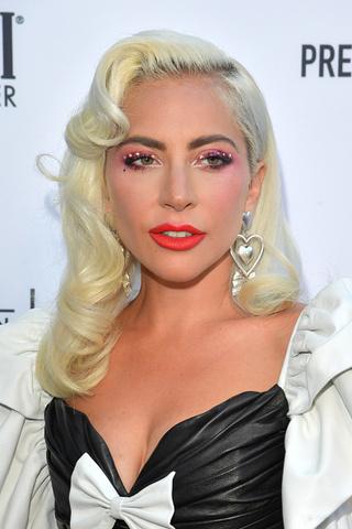 на Fashion Los Angeles Awards Гага