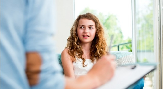 «Почините мне его!»: стоит ли отправлять ребенка к психологу, если вы сами не готовы меняться