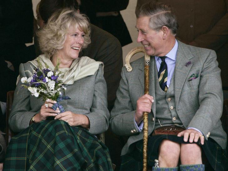 Фото №1 - Любовь сквозь годы: 20 самых трогательных фото принца Чарльза и герцогини Камиллы