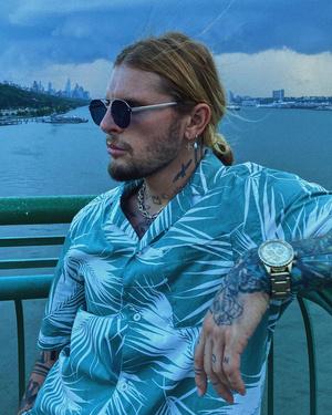 Фото №16 - 9 стильных стрижек для мужчин: тренды осени-2020