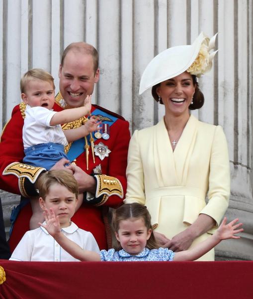 Кейт Миддлтон, принц Уильям, принцесса Шарлотта, принц Джордж