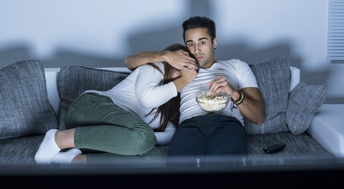 «Мой партнер любит фильмы ужасов, а я — нет»: мнение психолога