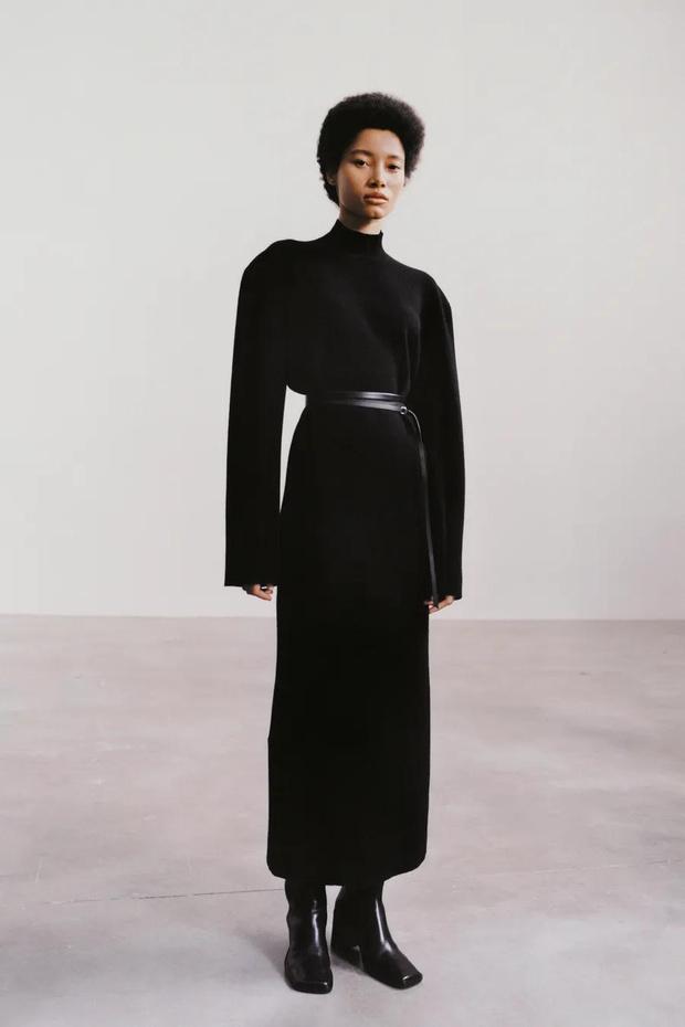 Фото №2 - The Row осень-зима 2021: длинные брюки и съемные плечи в женской и мужской коллекции сестер Олсен
