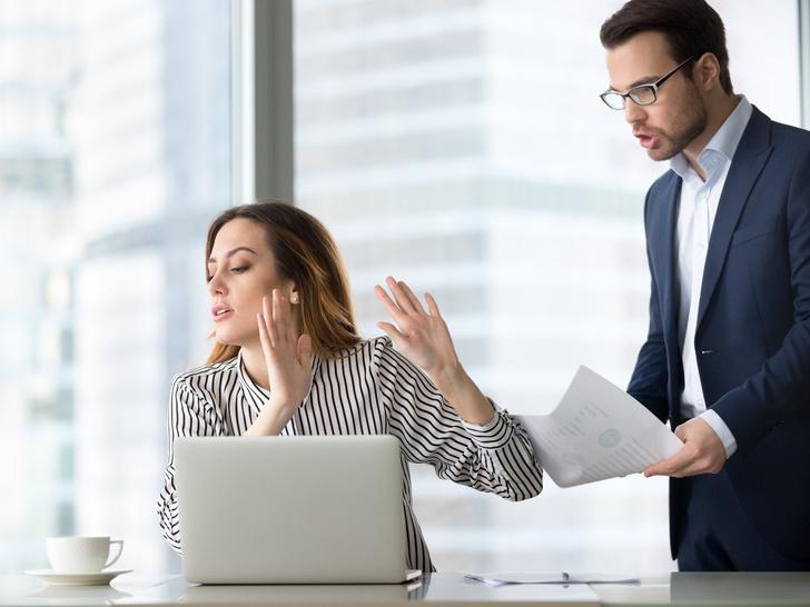 Фото №4 - Проверьте себя: 6 самых раздражающих привычек офисных работников