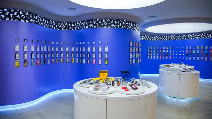 Фото №1 - Магазин CASETiFY Studio в Гонконге по дизайну Гарри Нуриева