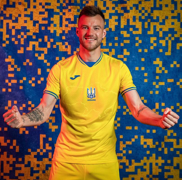 Фото №1 - УЕФА одобрил форму сборной Украины сКрымом на Евро-2020. Реакция соцсетей и политиков