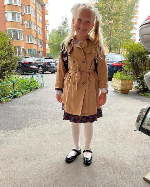 Дочь Константина Ивлева пошла в первый класс, дети, инстаграм, школа, 1 сентября, учебный год