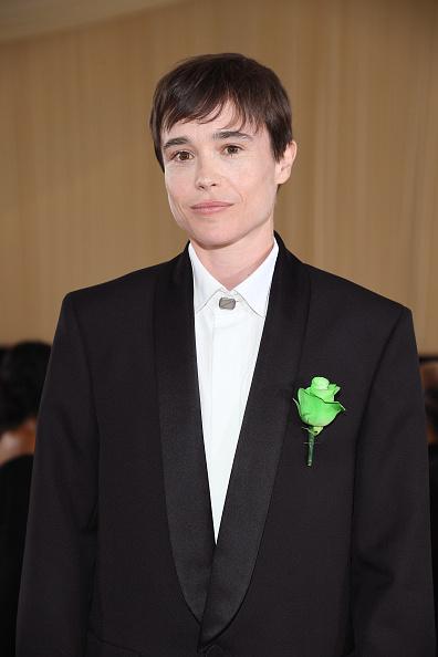 Фото №2 - Актер-трансгендер Эллиот Пейдж впервые появился на красной дорожке после «смены пола»