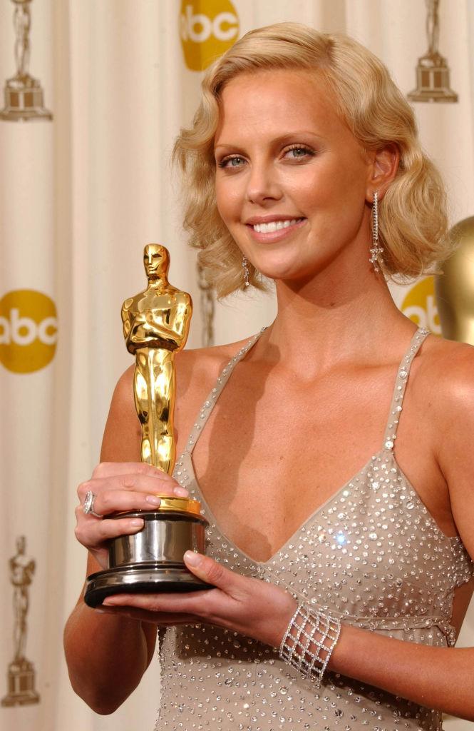 Фото №10 - 17 самых красивых бьюти-образов в истории «Оскара»