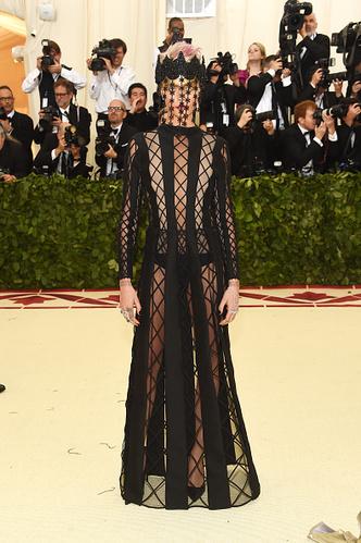 Фото №2 - От Дианы до Леди Гаги: 20 звезд в платьях Dior