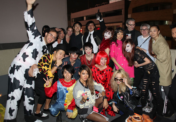 Фото №6 - Самые стильные наряды на вечеринках!