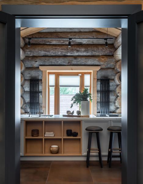 Фото №8 - Деревянная баня с высокотехнологичным дизайном в Подмосковье