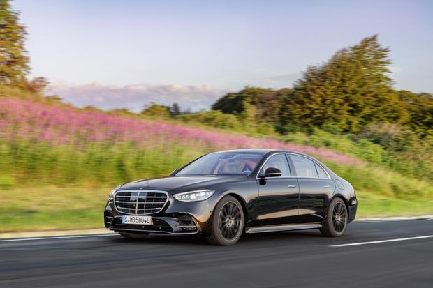 Фото №5 - Mercedes-Benz рассекретил новый S-класс: «шестисотый» XXI века