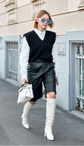 Фото №4 - Весна близко: смотри, с чем можно носить кожаные шорты