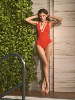 Фото №8 - Самые модные купальники лета 2021