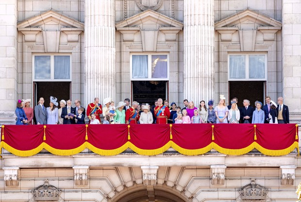 От Елизаветы до Кейт Миддлтон: 9 главных тайн королевский семьи