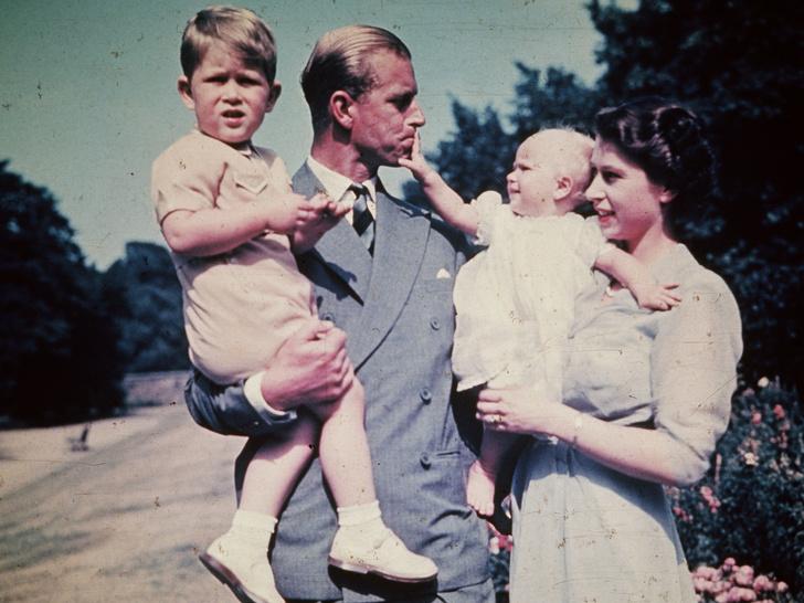 Фото №3 - Папина дочка: самые трогательные совместные фото принцессы Анны и принца Филиппа