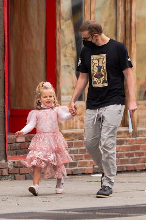 Фото №1 - Папина принцесса: Лея Купер Шейк— самая маленькая звезда Нью-Йорка