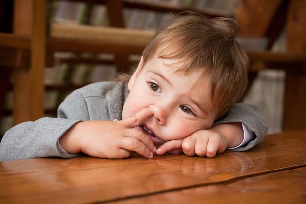 Фото №1 - Все дети делают это: как избавиться от нехороших привычек