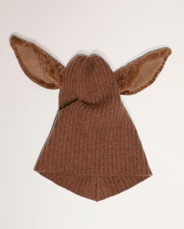Фото №2 - В мире животных: забавные шапки и капюшоны Burberry с ушами