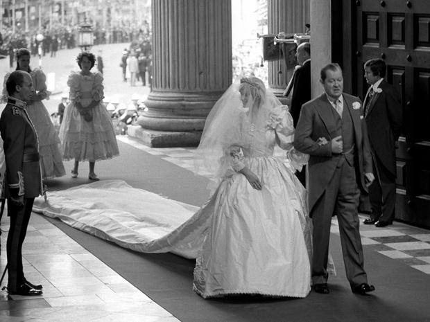 Фото №3 - Неизвестная история свадебной фаты принцессы Дианы