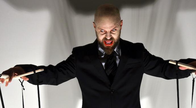 Внимание, манипулятор: 4 тактики, которые помогут ему вас контролировать
