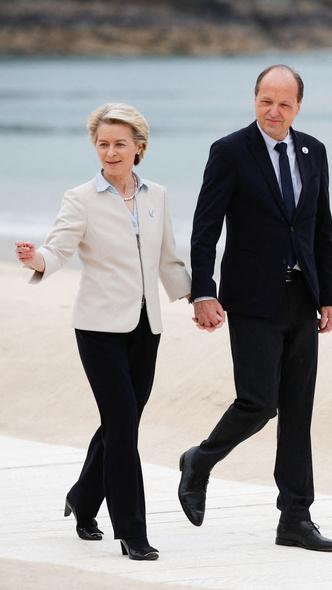 Фото №11 - Саммит G7 в Корнуолле: как выглядят Первые леди Европы и Японии