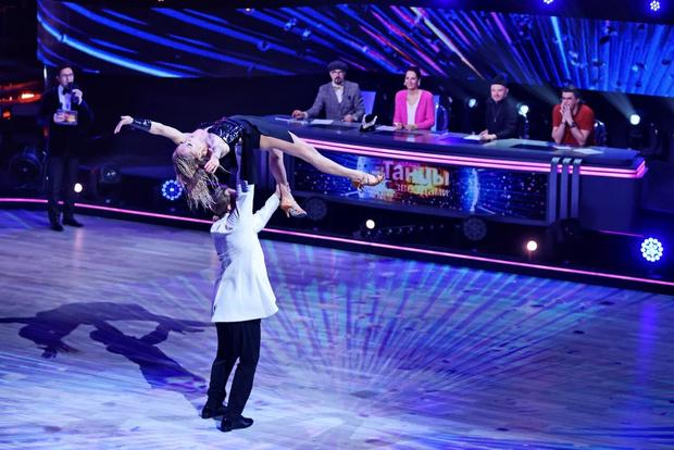 Фото №4 - Травмы и драмы: Дава выступает через боль, Лазарев выбивается в топ во втором выпуске «Танцев со звездами»