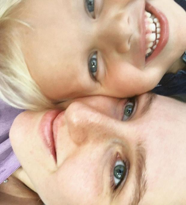 Фото №2 - Виторган показал нереальное сходство взрослой дочки и маленького сына