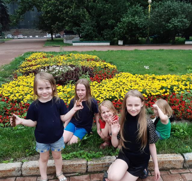 Теплякова Алиса семья
