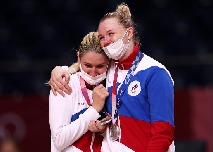 Фото №2 - Быстрее, выше, хитрее: из-за чего российских спортсменов возненавидели на Олимпиаде в Токио