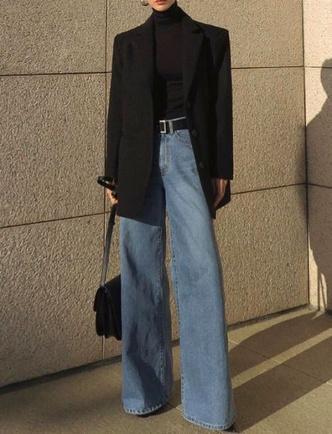 Фото №3 - Тренд: смотри, с чем носить широкие джинсы в 2021